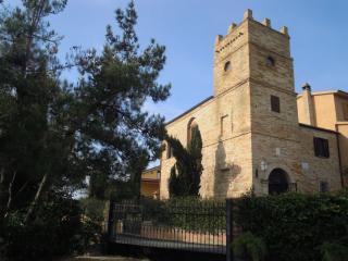 Torre dei Marchesi Martinetti Bianchi, Silvi Marina
