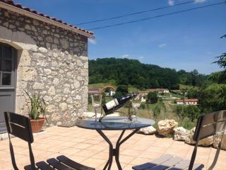 Private Accommodation in Owner's house, Sainte-Livrade-sur-Lot