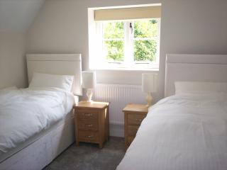 Bedroom 2, with two single beds with the option of Zip and Link together to make king size bed!