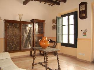 Townhouse  center of Tossa Mar. 400m to the beach