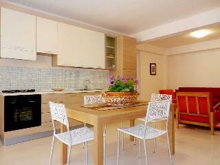 Casa Vacanze Corallo ideale per muoversi a piedi, Terrasini