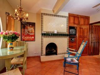 Eating table and sitting area near the gas log fireplace