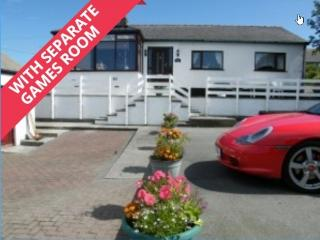 Rumson House at Trearddur Bay WITH GAMES ROOM