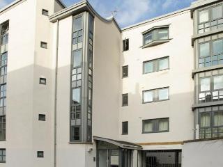 ServicedLets Town Centre Apartments - 1, Cheltenham