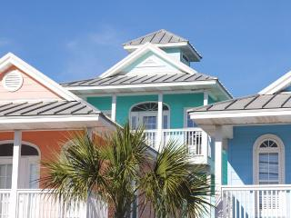 Gulf View Cottage Just Steps to Beach Access, Panama City Beach