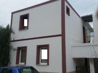 100 METERS TO THE BEACH 2 BEDROOMED APARTMENT, Turgutreis