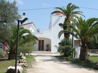 Villa Paradiso, Latiano