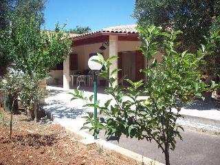 Villa Maria nel verde di uliveto del Salento, Tiggiano