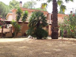Villa indipendente a 100 metri dalla spiaggia, Santa Margherita di Pula