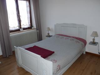 Deuxième chambre,couchage deux personnes