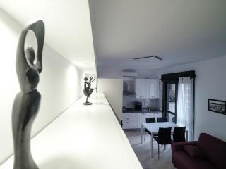 VisitCagliari -  Central and Confortable