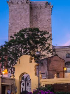 Castello - 15 min. by walk - 10 min. by bus