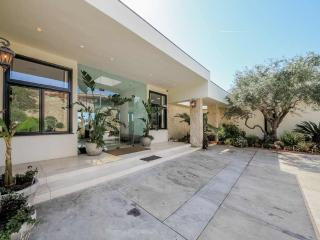 1705 Carla Ridge,Beverly Hills. #Amazing location#, Lake Los Angeles