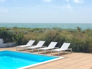 The Wow Beach & Pool House, Shoreham-by-Sea