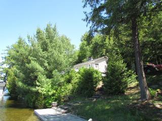2043 - Lake rosseau, Rosseau