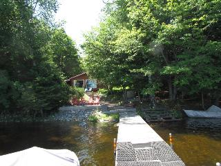 2045 - Prospect lake, Bracebridge