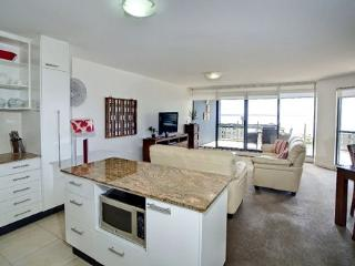 Apartment 701, Forster