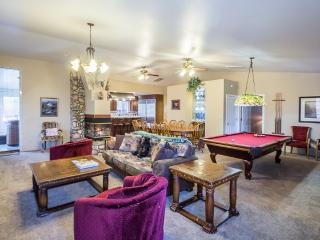 Luxury 3 bedroom designed for entertaining! Wifi!, Yosemite National Park