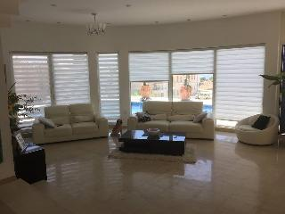 VIP Delux Holiday Villa minutes from the sea, Eilat