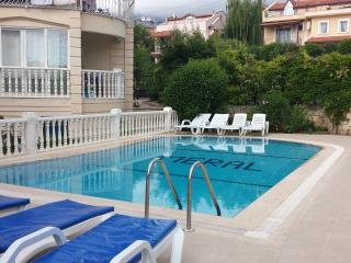 LUXURY 3 BEDROOM MERAL APART NEAR BEACH WITH POOL