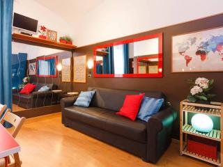 2BD 2BA Rome Termini Central Design Apartment