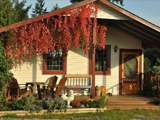 Charming cottage in the country, Nanaimo