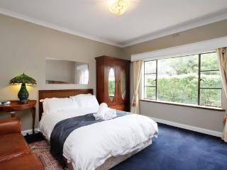 Ashley Court 2 spacious and cosy, Hobart