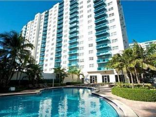 SIAN OCEAN 2 BDR/ 2 BATH RESIDENCE & RESORT, Hollywood