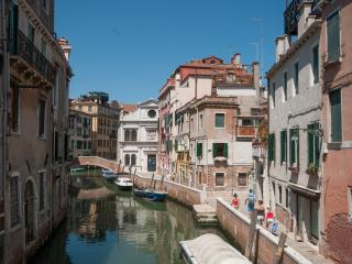 Sant'Antonin Canal View