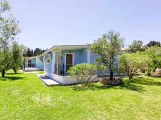 Blue House - Two Bedroom House, Vasilikos