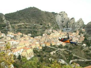 La Casa nella Roccia a Castelmezzano