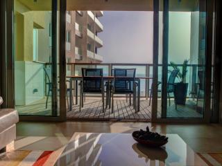 Tigne Point T10, Sliema