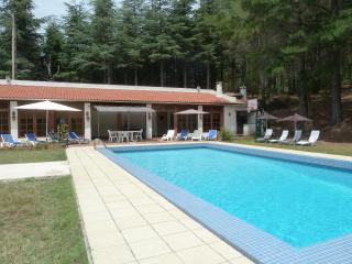 Private spacious property with huge heated pool, Oms