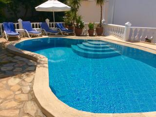 Villa on edge of Old Town w/private pool, amazing views-Villa Kalkan Blue