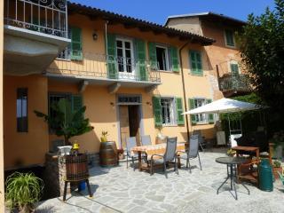 Casa Ravazza, Agliano Terme