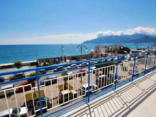 Casa Marina, Salerno