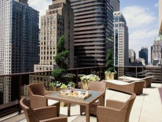 NY Midtown 45 - Luxurious 1BR Presidential Condo, Nueva York