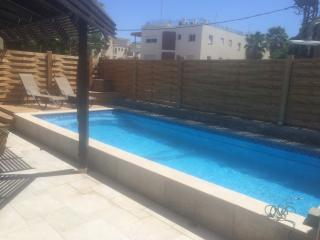 Villa 5 p with pool 600 m from the sea, Eilat