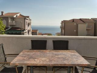TH00722 Apartments Angela / A1 One bedroom, Makarska