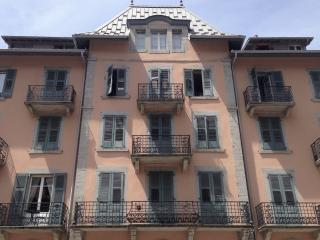 15 La Residence