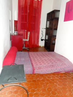 chambre de 11 m2 avec mezzanine lit double (vue n°2)
