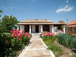 Villa (2) -3 bedrooms by the beach on Corfu island