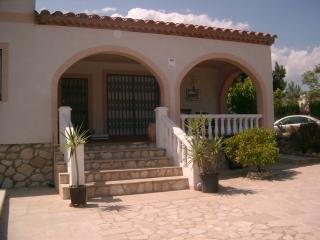 Detached Three Bedroom Villa with Private Pool, Calafat