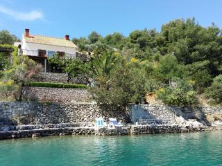 Villa on the sea ' KUNAC'