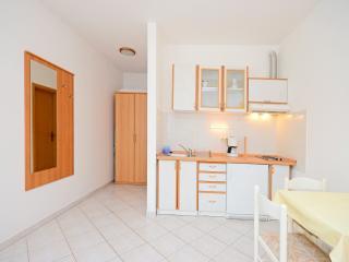 Apartments Branimir - 64221-A2, Novi Vinodolski