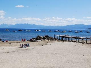 Pine Cove Cottage, Pet Friendly, Tahoe Vista