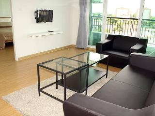 Great Furnished One Bedroom apartment, Bangkok