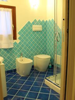 bagno adiacente cameretta piano terra