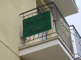 Barnet House, Lamezia Terme