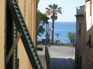 alghero new lovely apartment old town sea view, Alghero